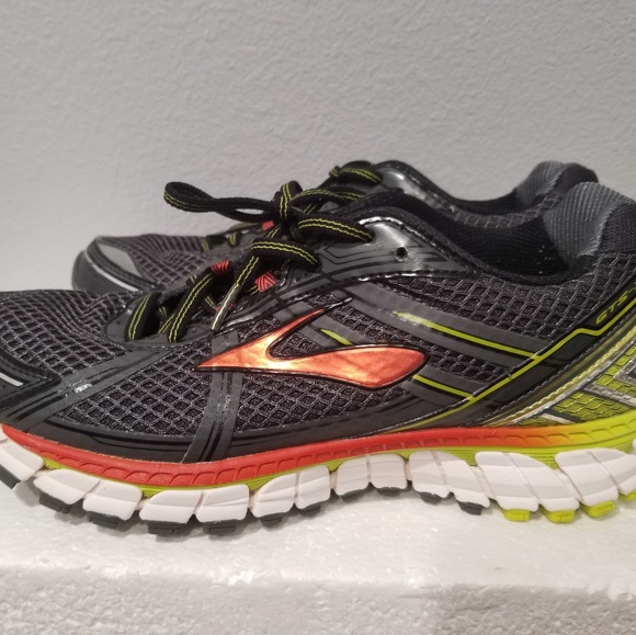 95aedd8f8ae44 Brooks Other - Brooks Adrenaline GTS 15 Men s Running Shoes 8.5